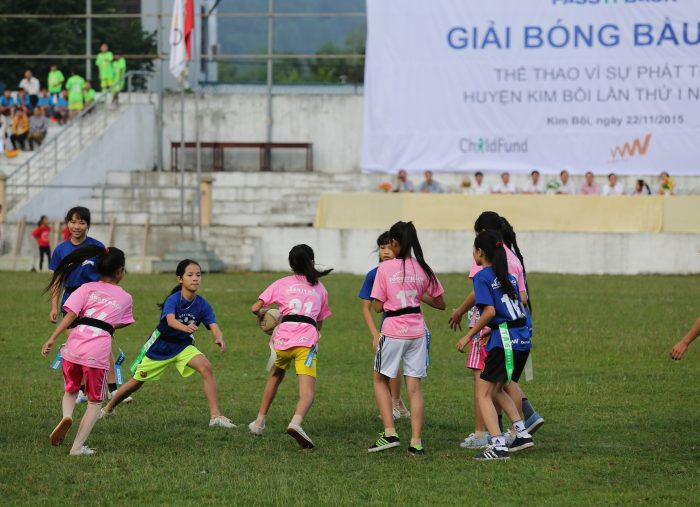 A girl in Vietnam with an egg-shaped ball: rugby and gender equality