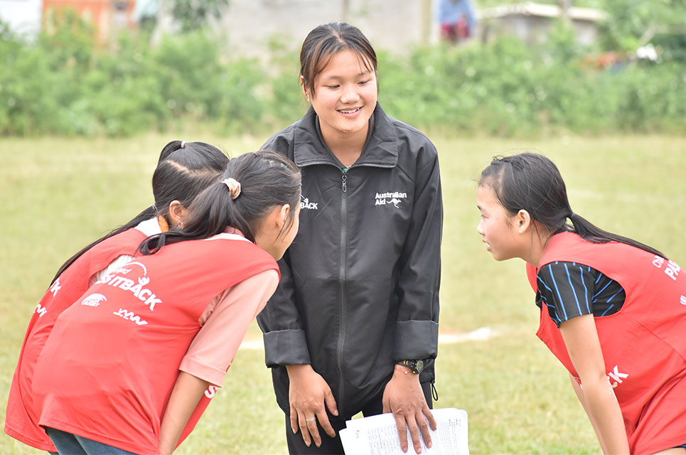 Hien coaching her team